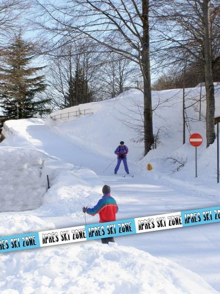 Absperrband Après Ski Zone, 15 m lang, 7,5 cm hoch